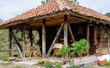 LOPATNICA – Seosko domaćinstvo kod Cvela